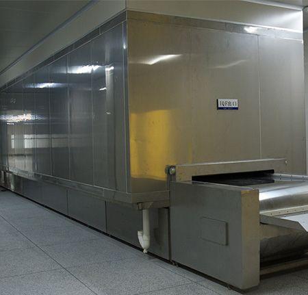 Tunnel freezer